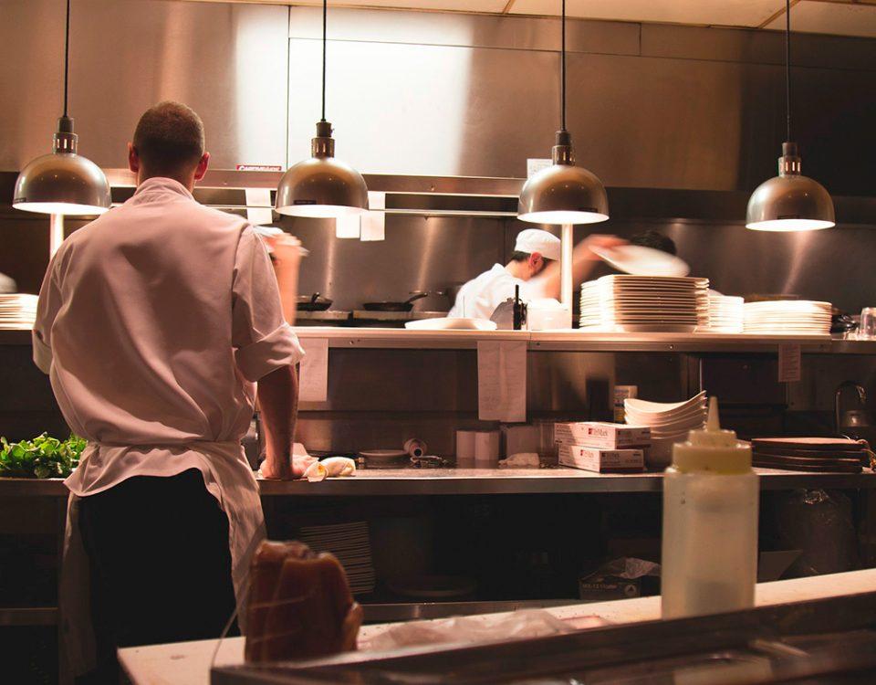 Franquias em alimentação são as que mais faturam, explica Fernando De Nadai